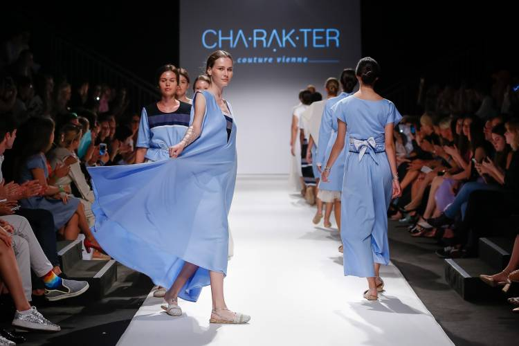 Cha·rạk·ter Couture - MQ Vienna Fashion Week.18.
